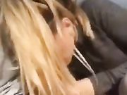 Muntlig sex på stranden med blond flickvän