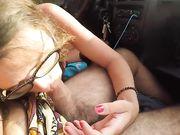 Oralsex i bilen medan han kör